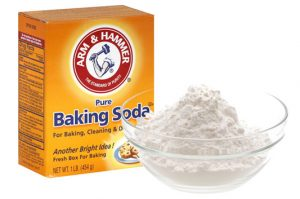 Get Rid of the Smell in My Trash Can - Baking Soda